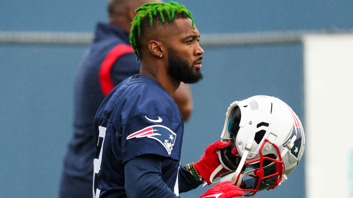 Why Patriots' Jalen Mills Has No Plans To Get Rid Of Green Hair [Video]