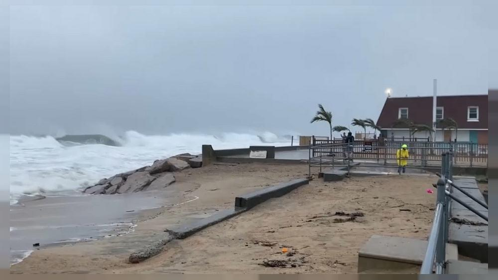 Storm Henri approaches the northeastern shores of the United States [Video]