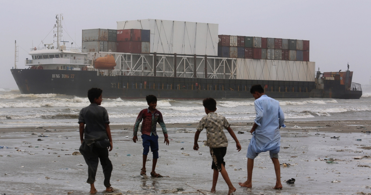 Do Chinas ambitions in Indian Ocean go beyond protecting trade? | Business and Economy [Video]