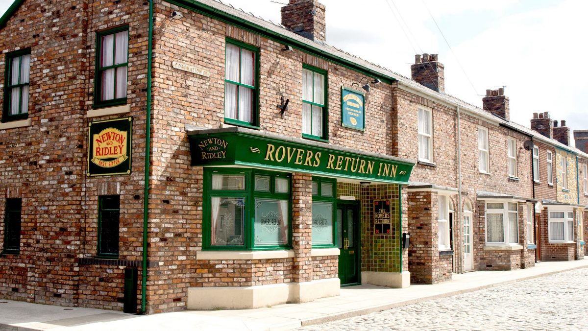 Coronation Street, Emmerdale, EastEnders and Hollyoaks to crossover in epic soap-first with Holby, Casualty and Doctors [Video]