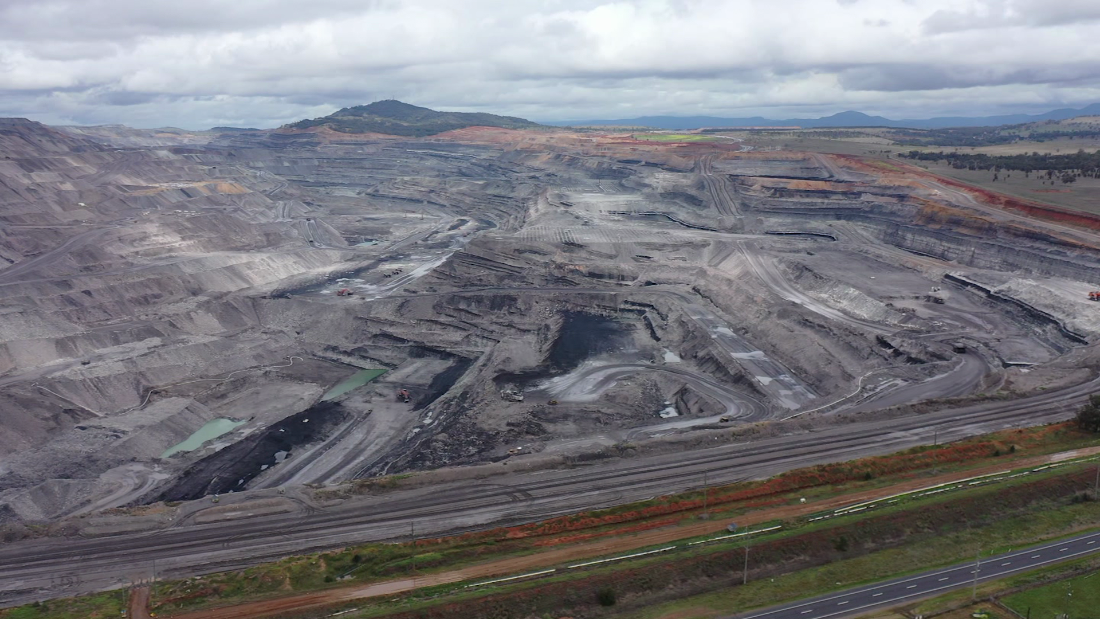 Australia pledges net zero emissions by 2050. But their coal industry is booming [Video]