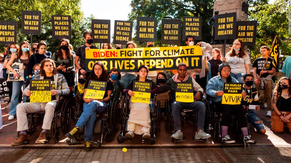 Climate activists say they will hunger strike until politicians take action [Video]