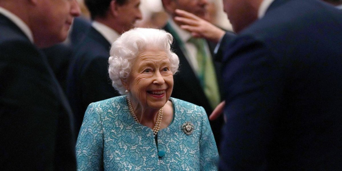 Queen Elizabeth Cancels Trip to Glasgow for COP26 Summit After Advice to Rest [Video]